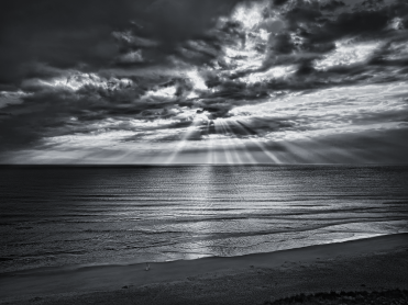 Beach-Rays-of-Light-Wp-long-goodbye